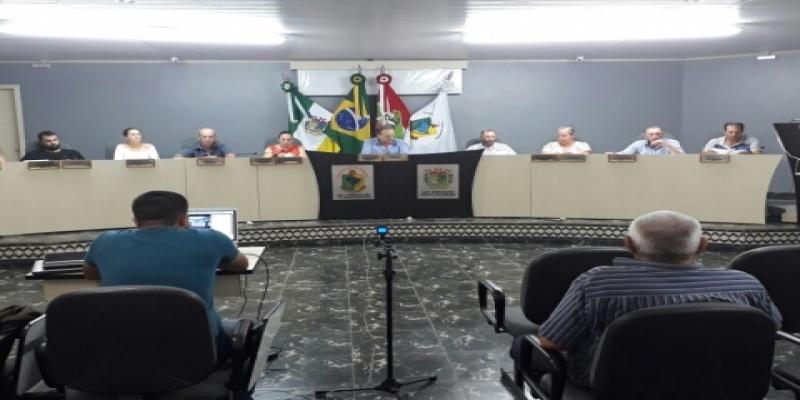 Poder Legislativo de São Domingos realiza  última Sessão Ordinária do ano