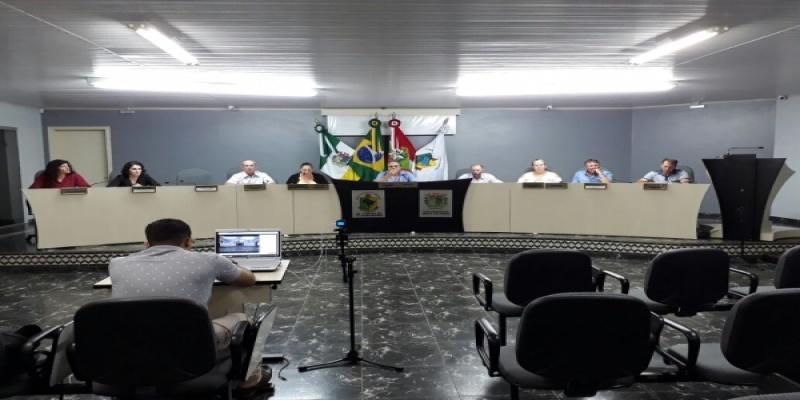 Vereadores aprovam mais uma Indicação e outro Pedido de Informação à Prefeita de São Domingos
