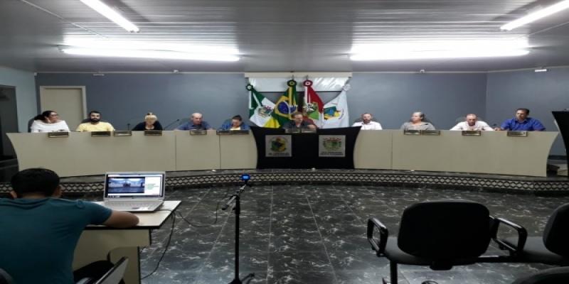 Poder Legislativo de São Domingos esteve reunido novamente