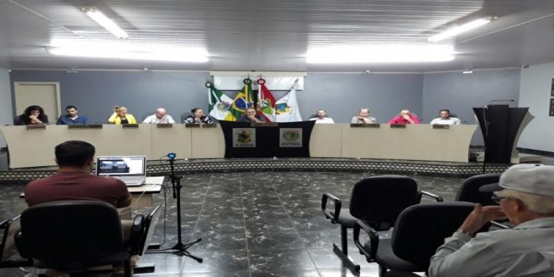 Vereadores de São Domingos aprovam por unanimidade quatro Indicações e um Pedido de Informação à Prefeita e uma Moção de Apelo ao HRO