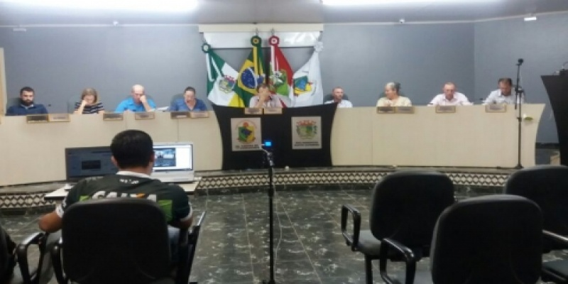 Vereadores de São Domingos aprovam por unanimidade duas indicações e um requerimento na última Sessão Ordinária