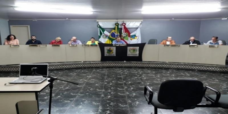 Câmara de Vereadores de São Domingos aprova um Projeto de Lei na última Sessão Ordinária de outubro