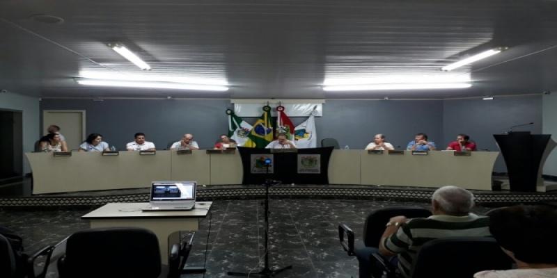 Vereadora de São Domingos Mírian Figueiró é empossada e assume o cargo por 30 dias